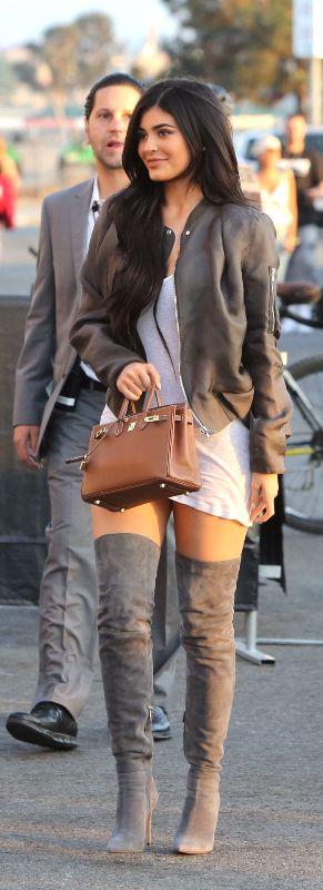 Kylie Jenner ♥                                                       …