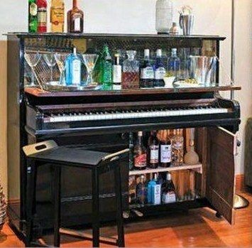 6 id es de recyclage d 39 un vieux piano pianos bar and - Transformer un meuble en bar ...