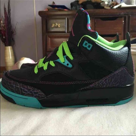 cf9af0c2b4a367 Jordan Son of Mars Fresh Prince of Bel Air Edition Worn 3 times. Size 6  boys will fit a size 7-7.5 woman. Jordan Shoes Sneakers