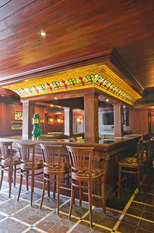 #interiordesign Portable Bar, Home Bar Design, Bar Stools, Ceiling Design,  Bar