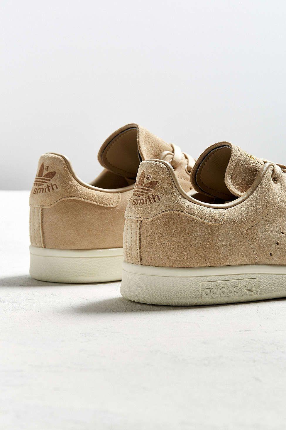 New premium look, same great shoe. #stansmith #adidasoriginals