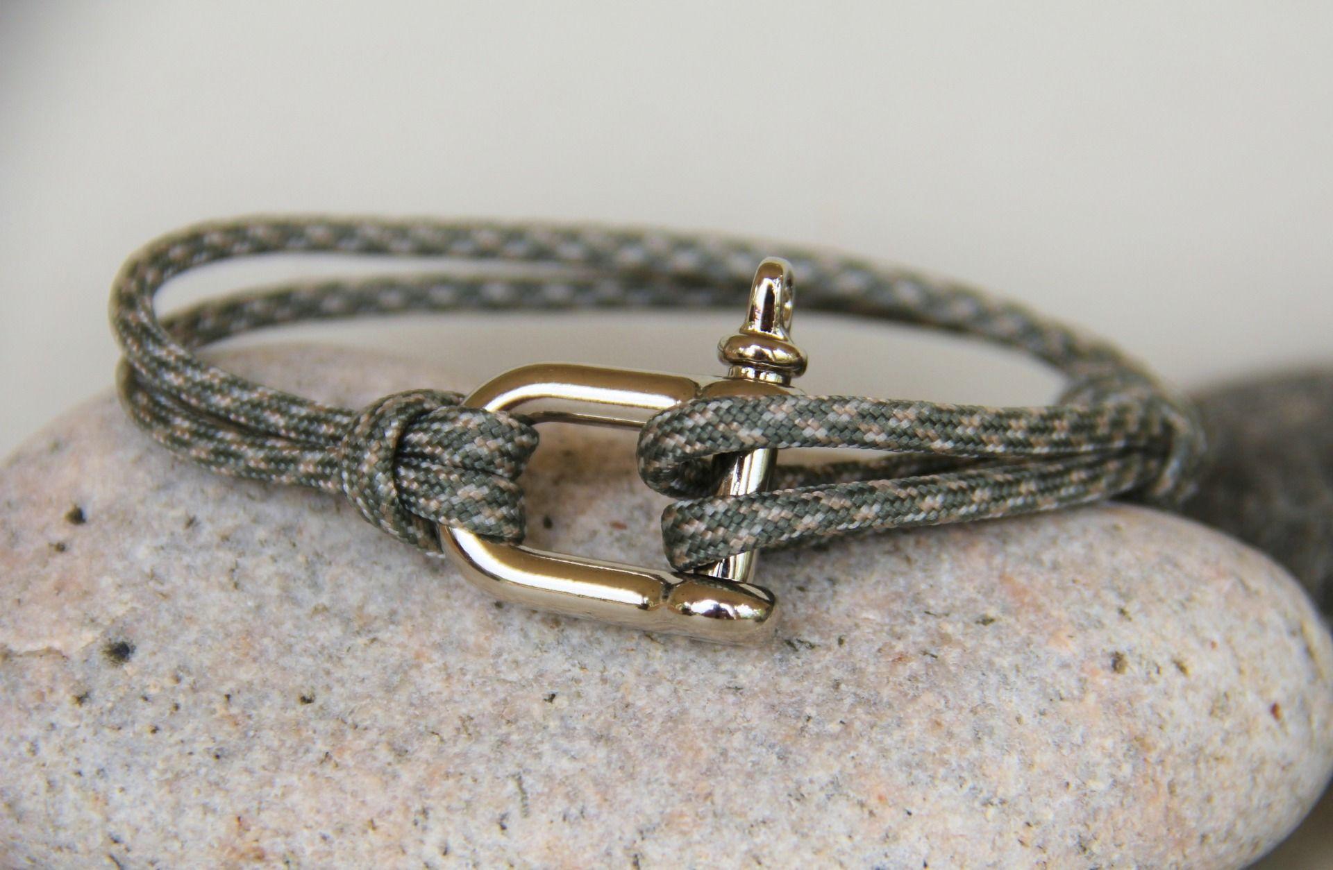 frais frais vente la moins chère design intemporel bracelet homme MANILLE cordon parachutiste ajustable ...