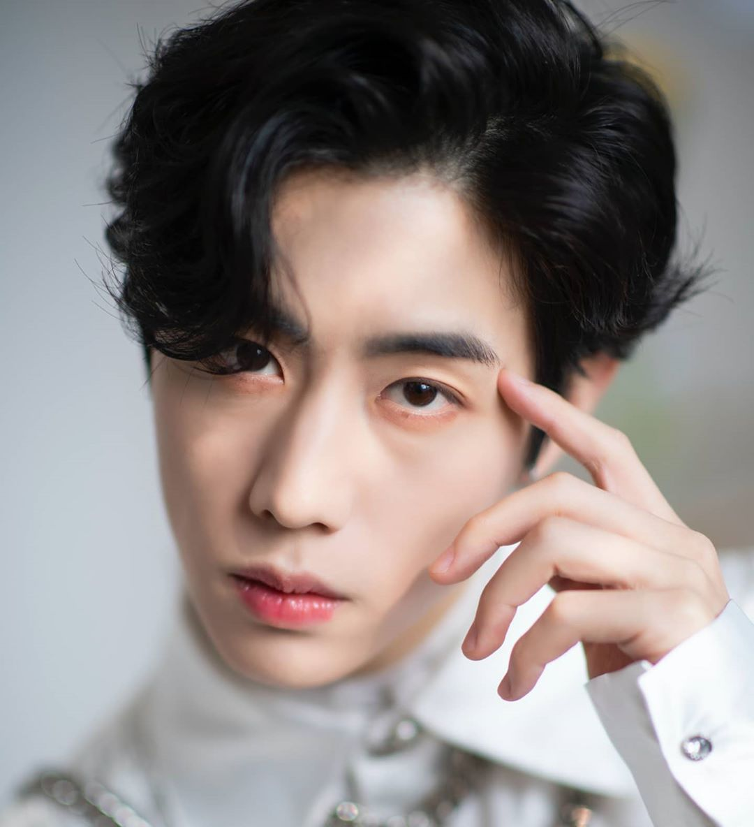 Visual Indah 10 Idol Kpop Ini Disebut Lebih Cocok Jadi Aktor Dan Aktris Drama Idol Aktor Drama
