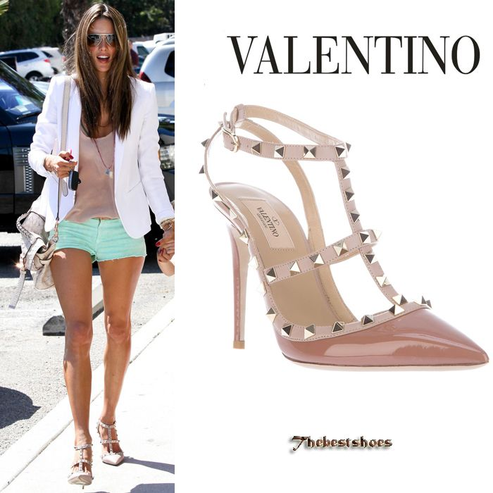 Alessandra Ambrosio in Valentino Rockstud pumps [Valentino] - $217.00 : Discounted Christian Louboutin,Jimmy Choo,Valentino Shoes Online store