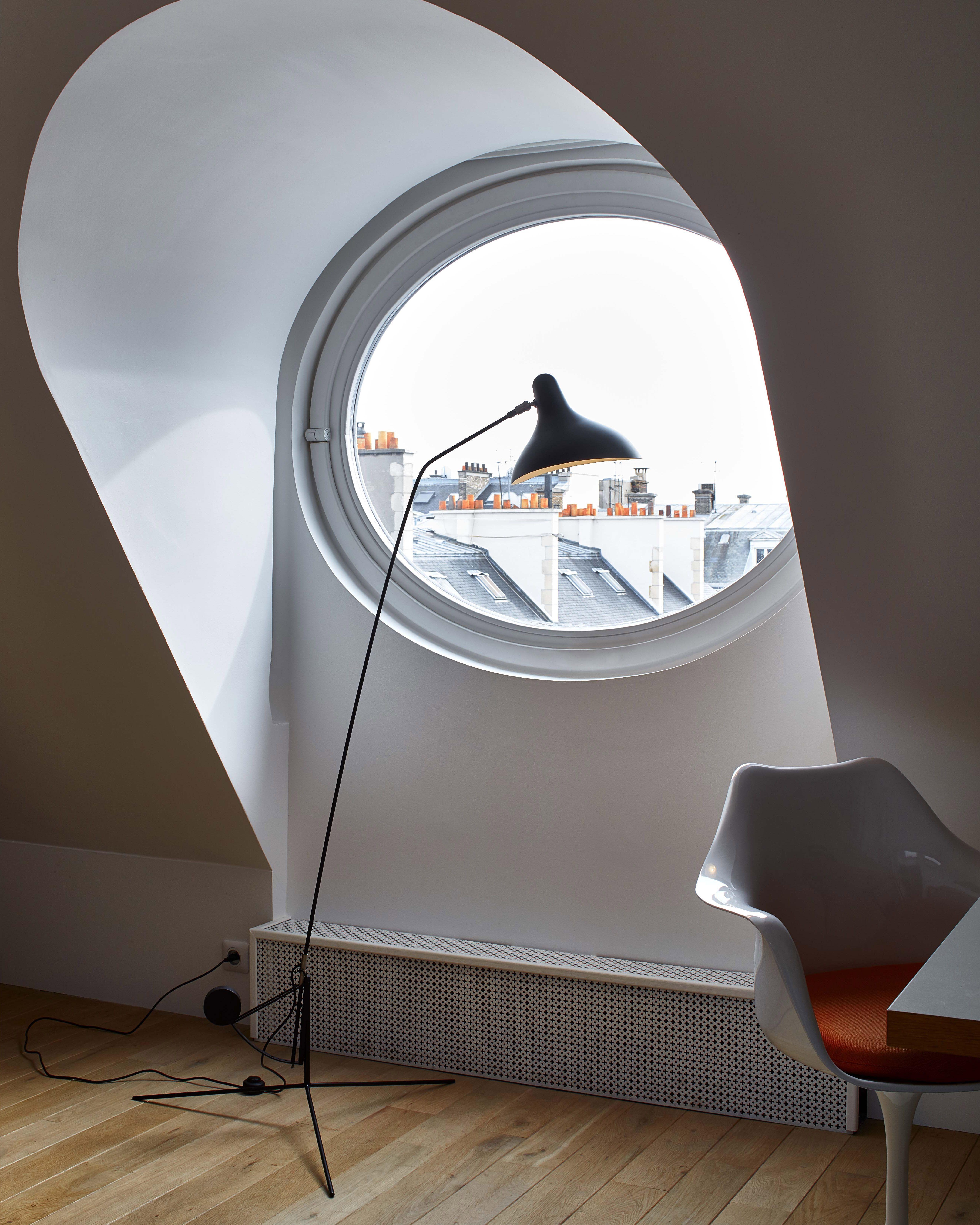 MANTIS designed by Bernard Schottlander, edited by DCW éditions