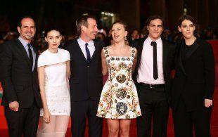 Behati Adam Levine Wedding Joaquin Phoenix Scarlett Johansson Joaquin