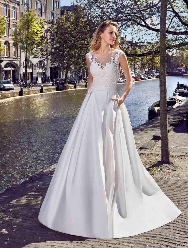 crusz Brautkleider  Hochzeitskleid spitze, Brautkleid, Kleid hochzeit