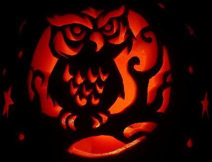 Free Pumpkin Carving Patterns and Templates for Halloween #pumpkincarvingideastemplatesfree...