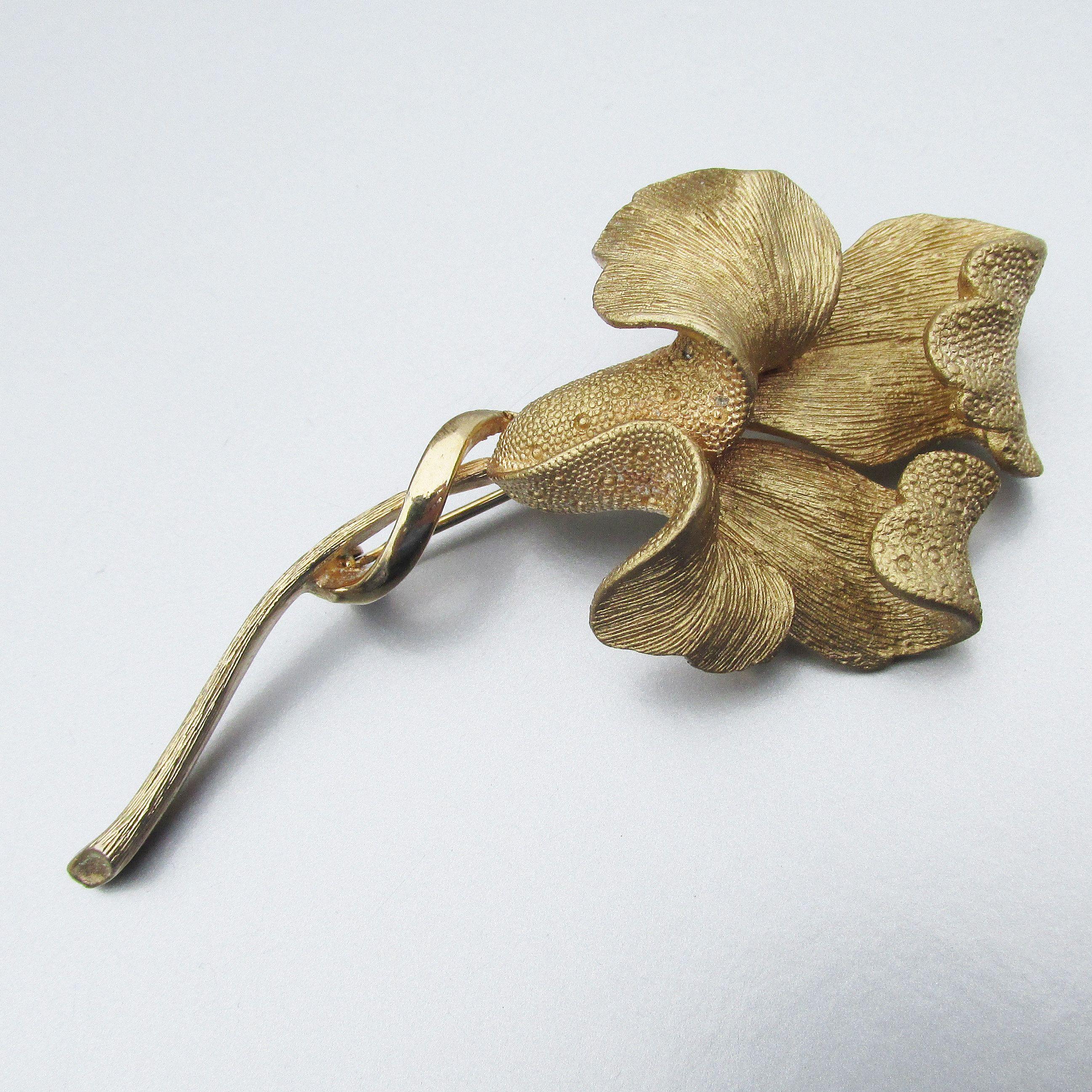 Coro Flower Brooch Coro Brooch Pin Gifts Coro Jewelry Signed Coro Jewelry Vintage Coro Pin Coro Pin Vintage Coro Brooch Vintage Coro