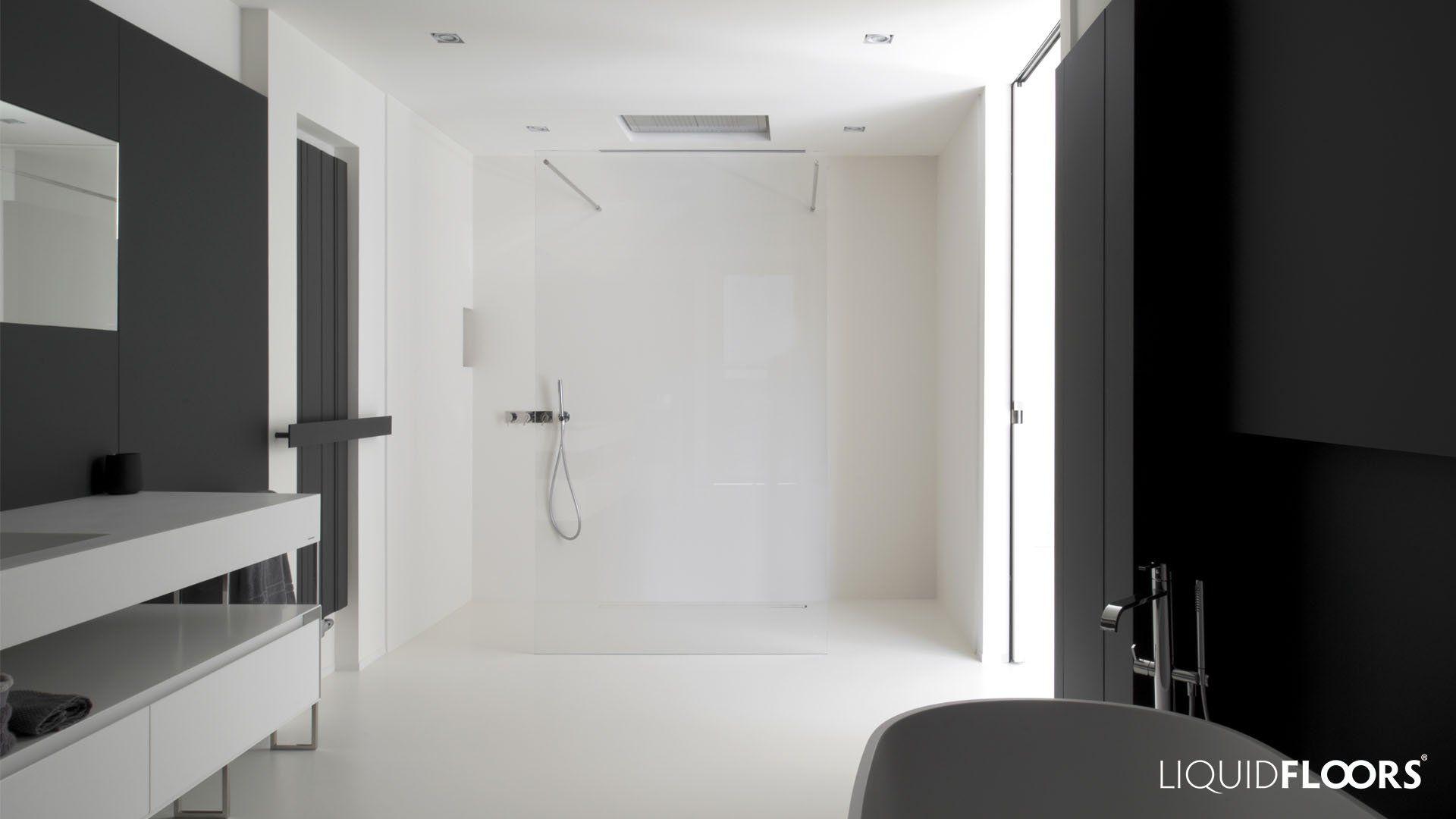strakke badkamer met inloopdouche in gietvloer | Gietvloeren ...