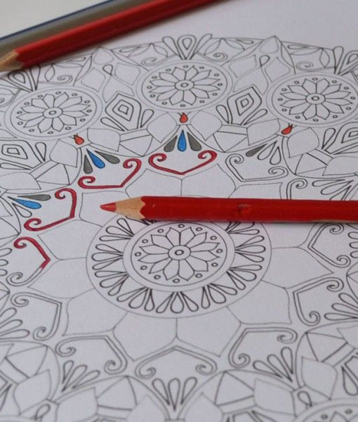 Colouring-for-Adults Lize Beekman Mandala ART. Colouring Book for grownups Buy in her online shop.