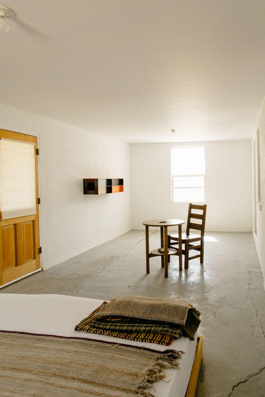Donald Judd's Las Casas Ranch in Apartamento Magazine ... | 1057 x 1586 jpeg 157kB