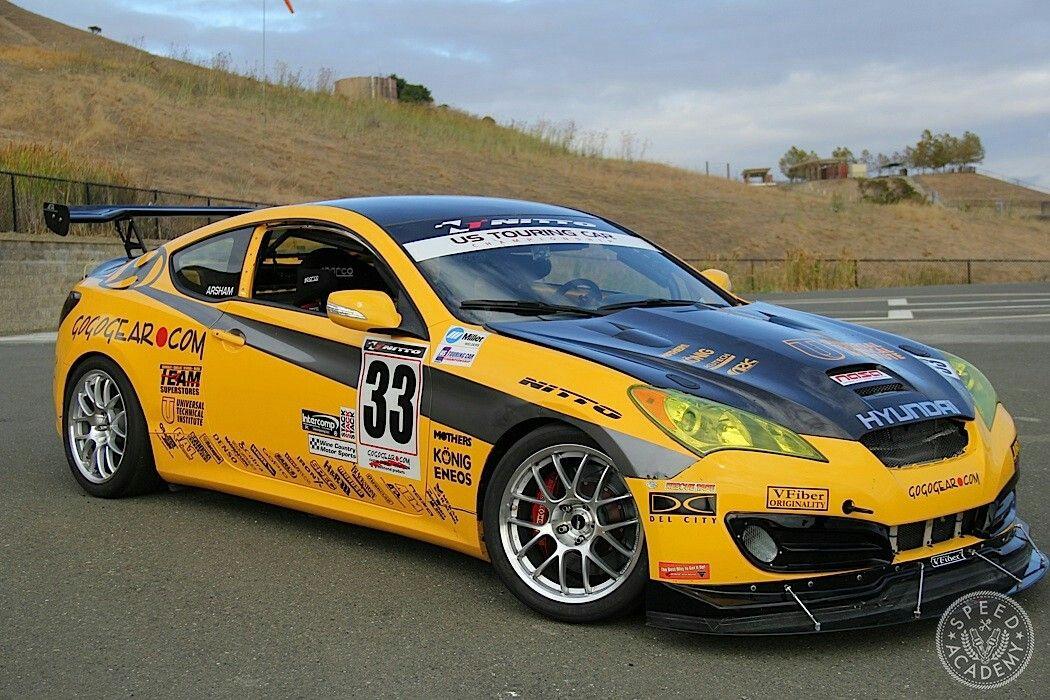 Hyundai Genesis Coupe Race Car From Gogogear Racing Hyundai Racing