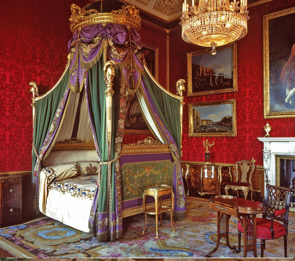 Windsor castle The kings bed chamber | Palace interior ...