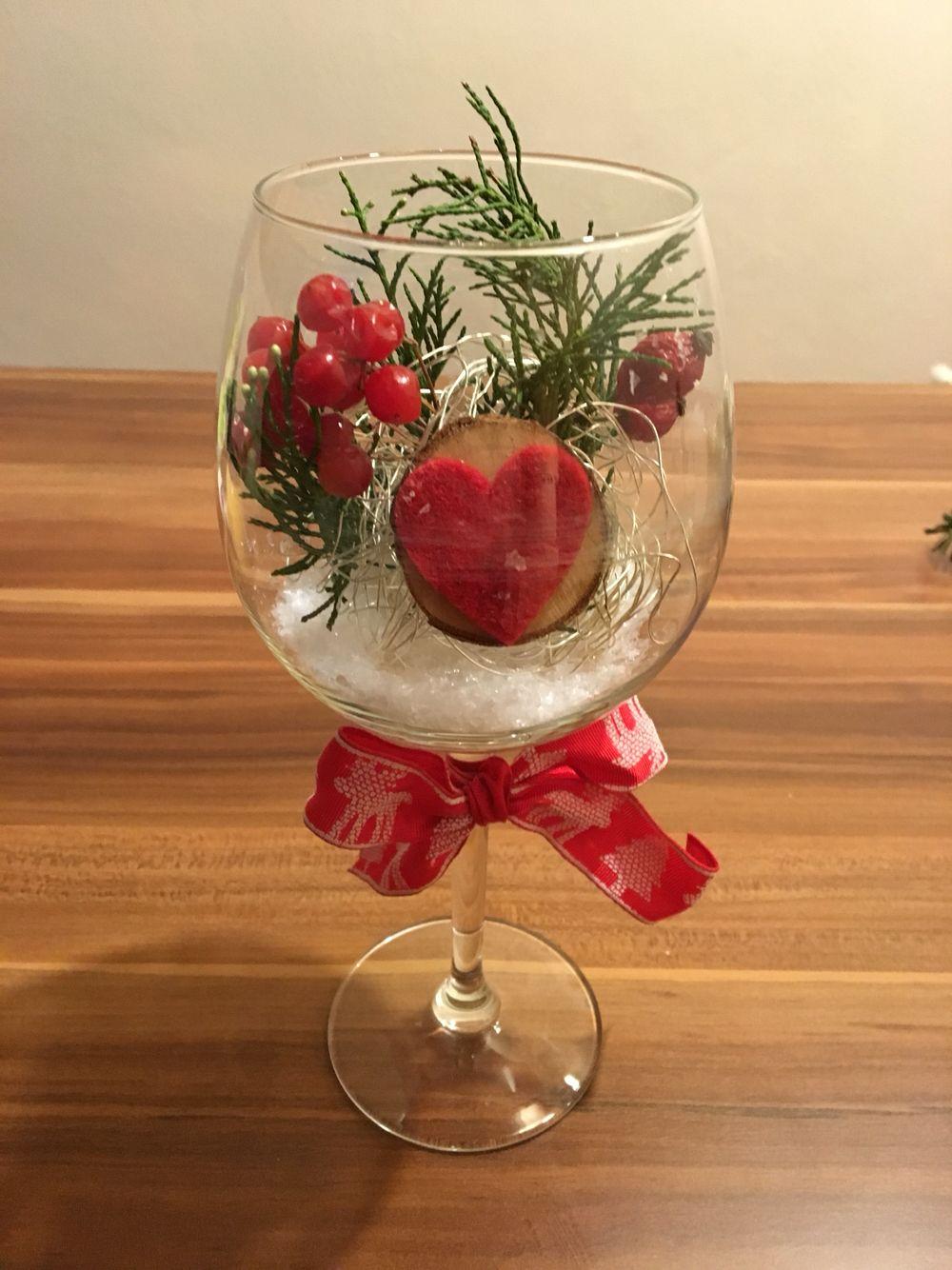 Weihnachtsdeko Im Weinglas