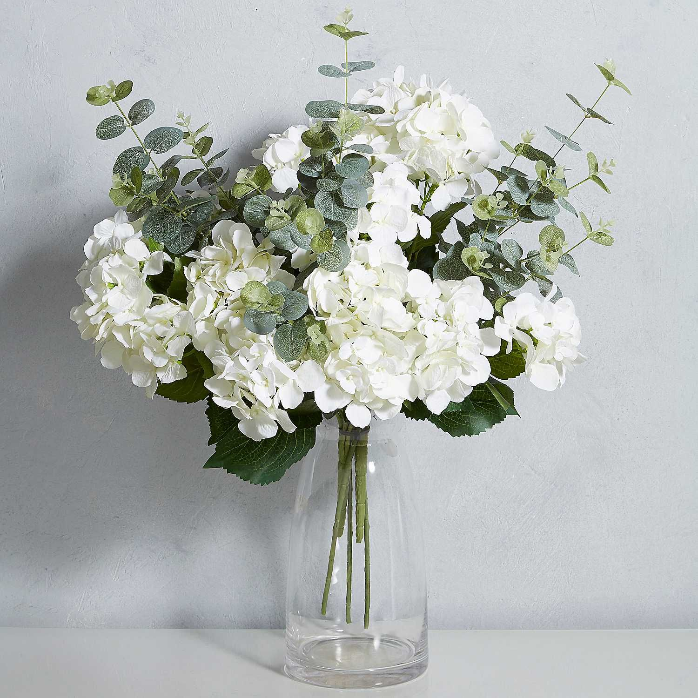 Cream Faux Hydrangea Spray In 2020 Hydrangea Arrangements White Flower Arrangements Artificial Flower Arrangements