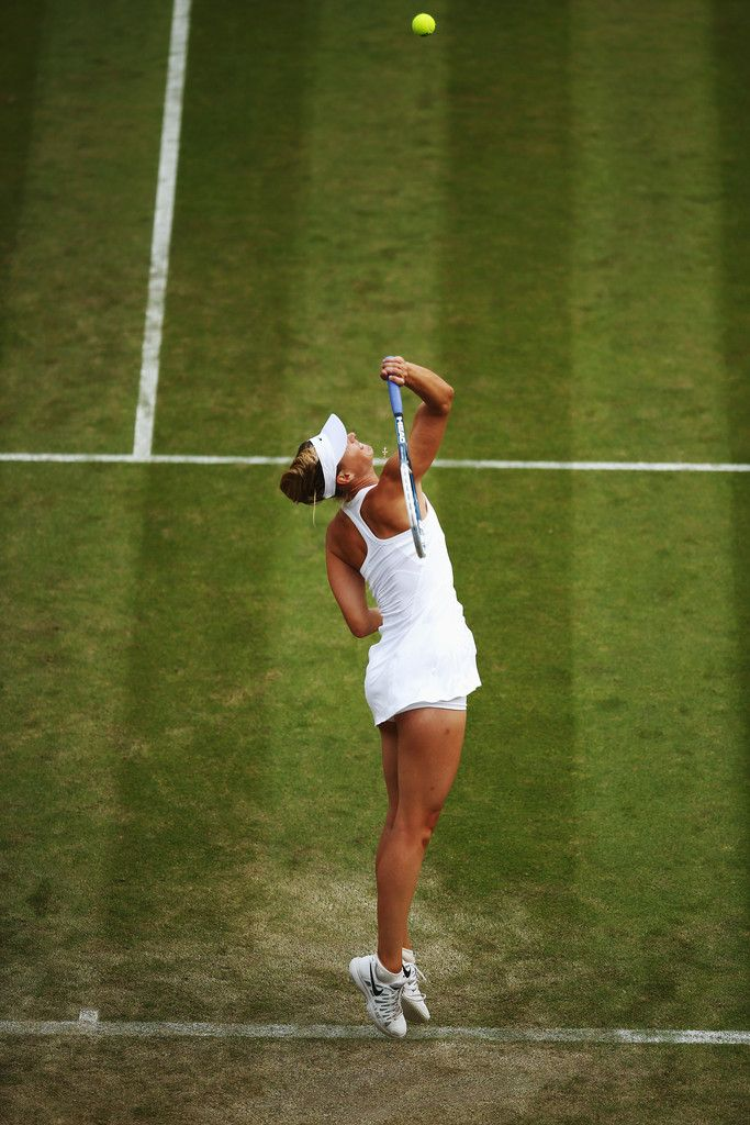Maria Sharapova Photos: Wimbledon: Day 4