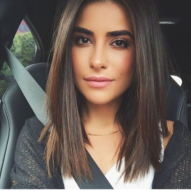 Slightly Layered Straight Lob Hairstyles To Try Pinterest Hair