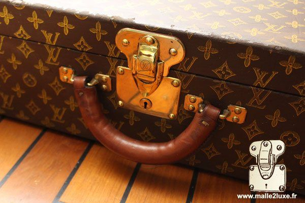 192f4e190a00 Serrure valise Bisten Louis Vuitton   decoration malle louis vuitton ...