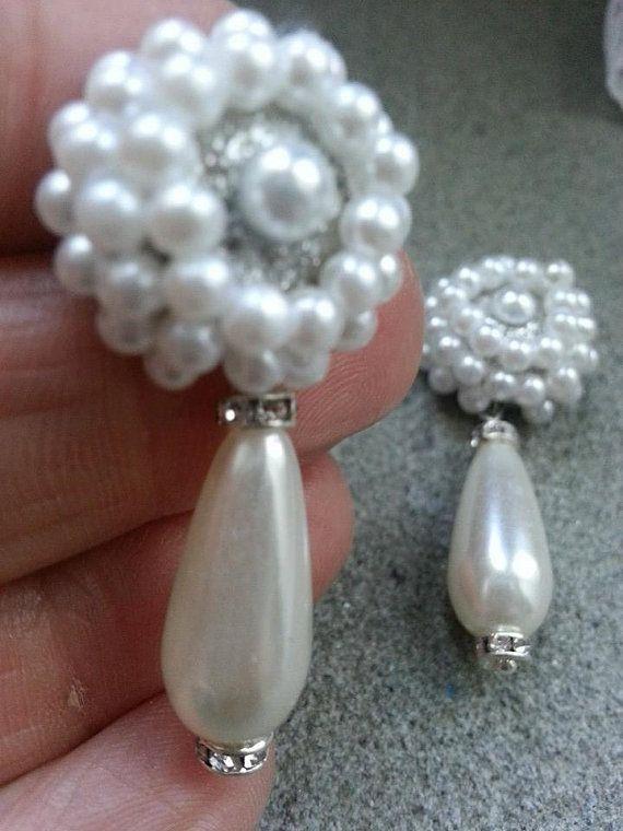 orecchini decorati con perle di Donangebijoux su Etsy,