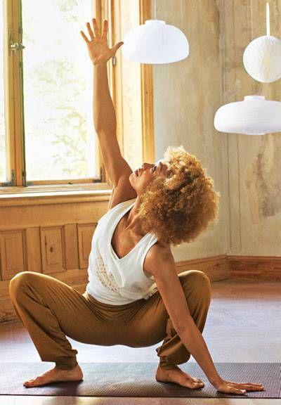 Mit Faszien-Yoga entspannt durch den Tag   BRIGITTE.de