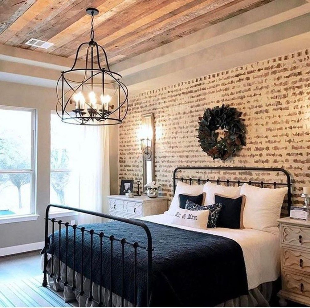17 Modern Rustic Bedroom Decorating Ideas: Relaxing Rustic Farmhouse Master Bedroom Ideas 17