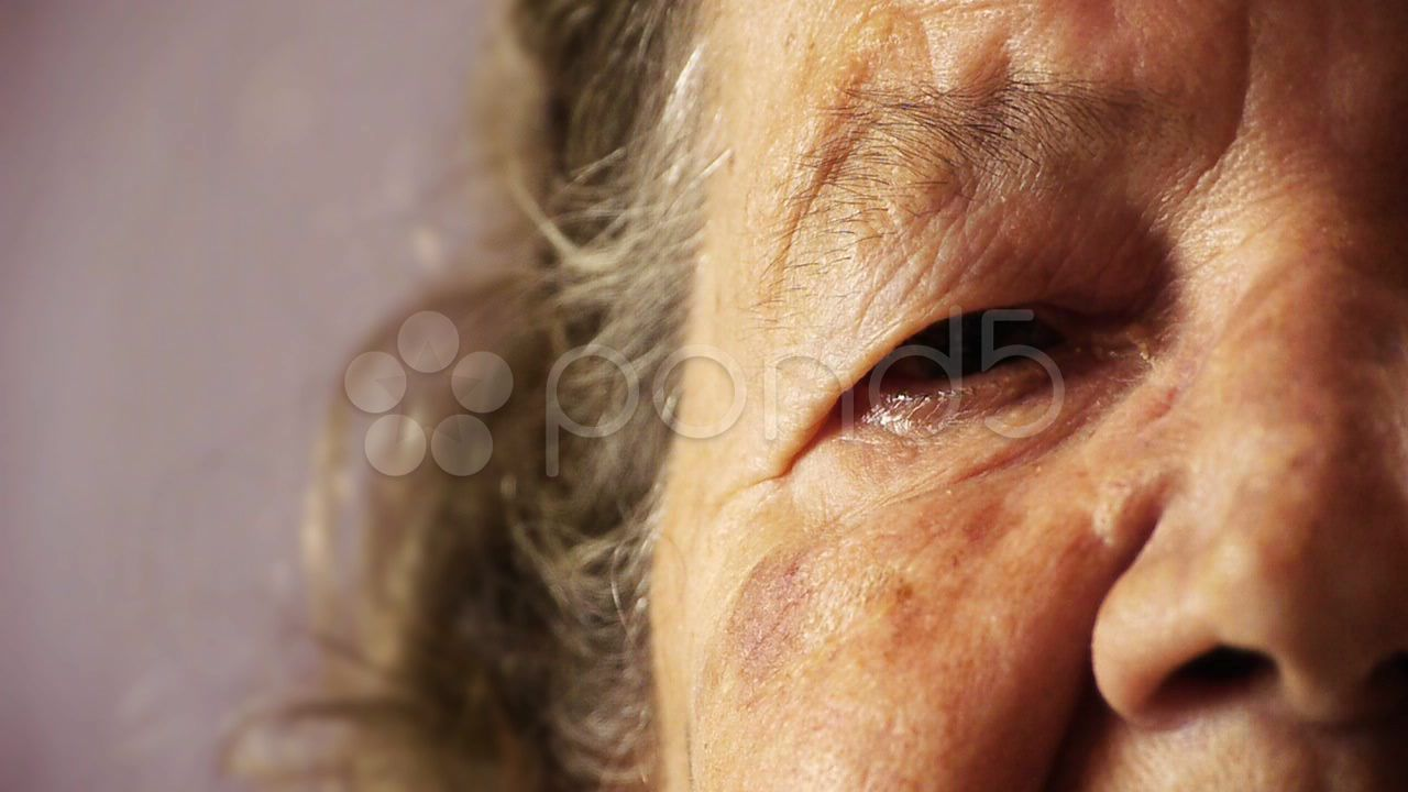 Senioroldwomanfaceeyewrinkleskincloseup HD Stock Footage eyewrinkleSeniorface