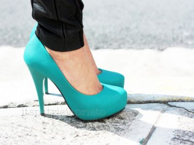 i really want aquamarine pumps. just not that high of a heel. and shiny!