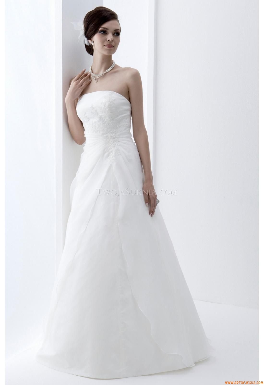 Elegant Strapless A-line Floor-length Wedding Dress China Venus ...