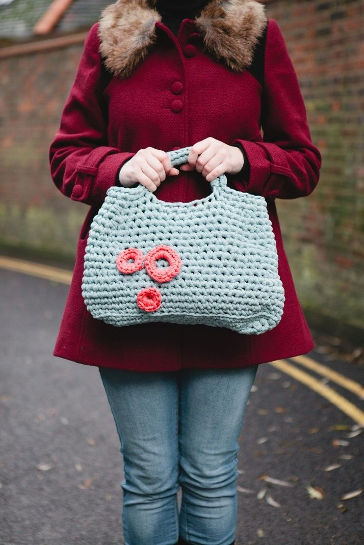 Collette Bag by Claire Montgomerie. � Tailor Made Publishing Ltd.