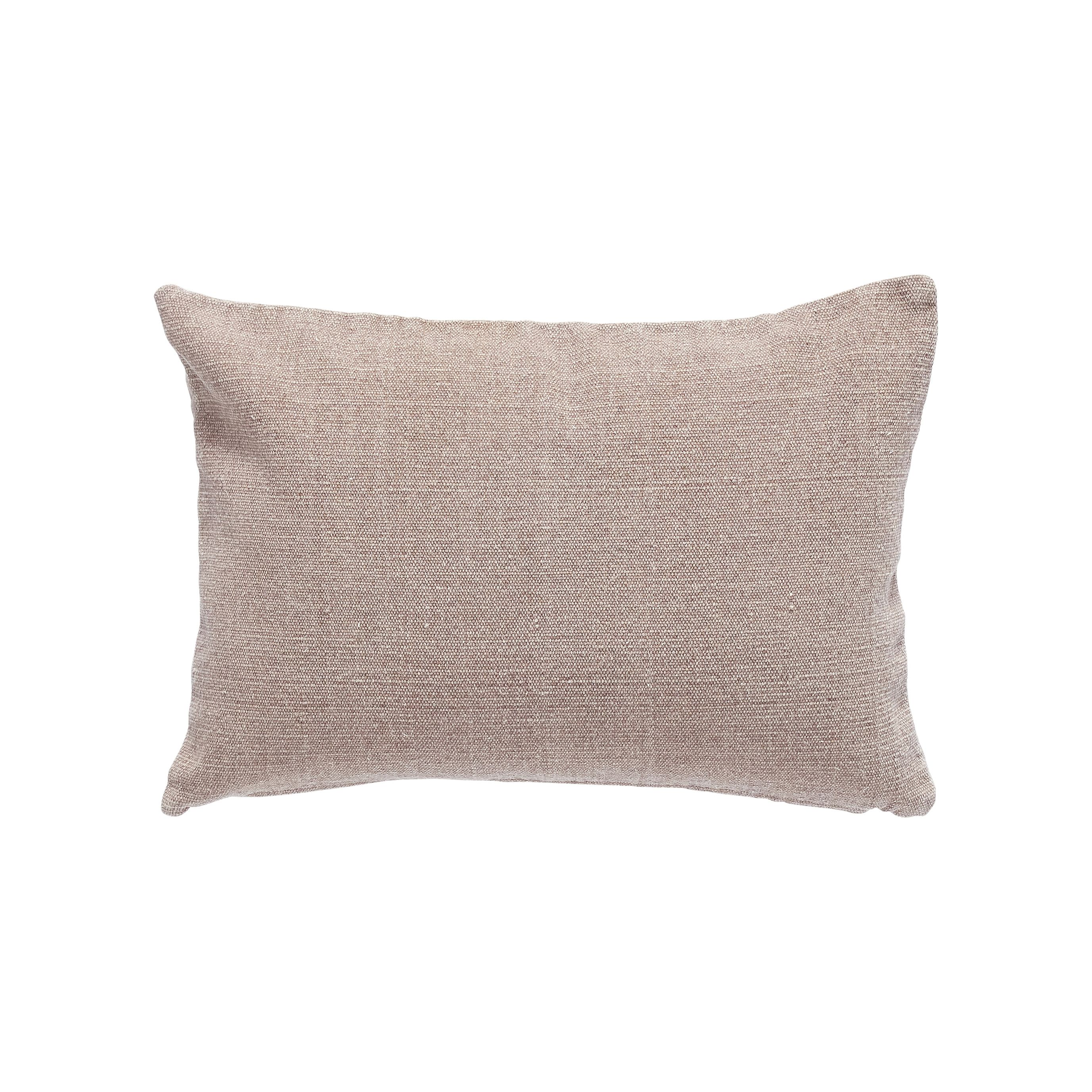 Purple cushion with stuffing. Product number: 500301 - Designed by Hübsch