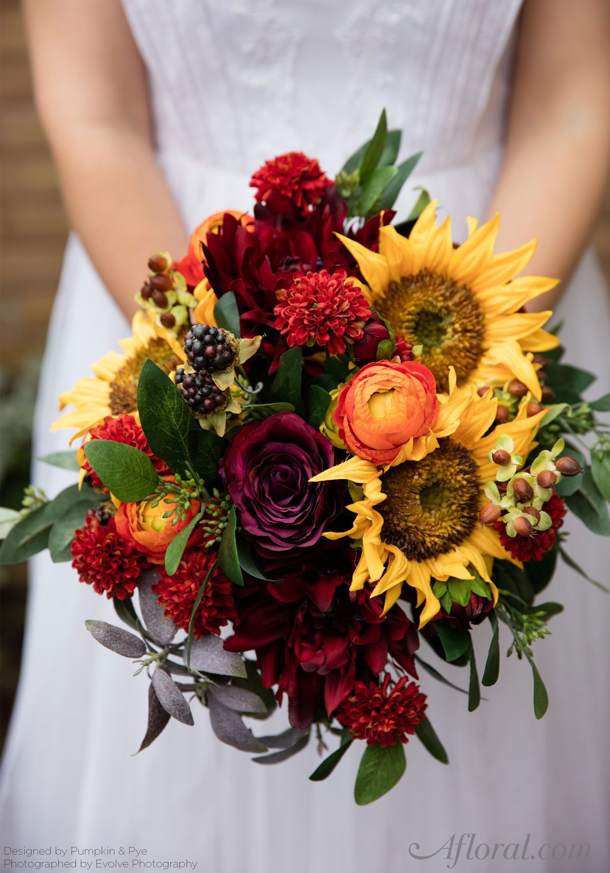 DIY Fall Sunflower Bouquet in 2020 Pumpkin wedding