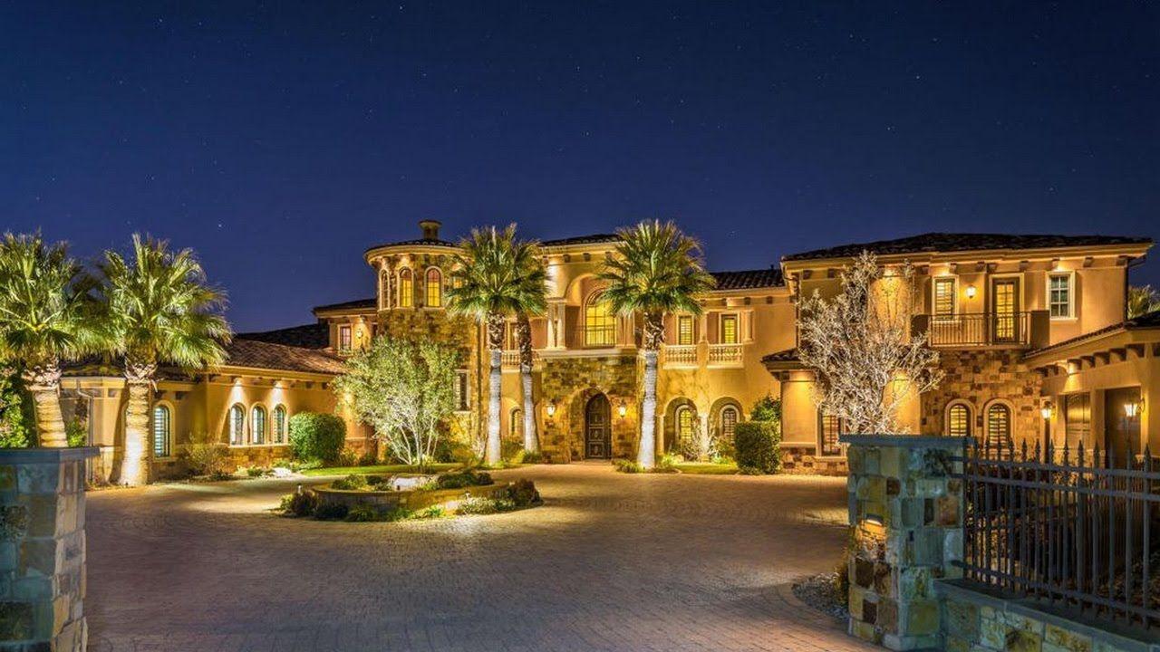 20 Stunning Mediterranean Mansions From Around The World Mediterranean Mansion Mediterranean Homes Mansions
