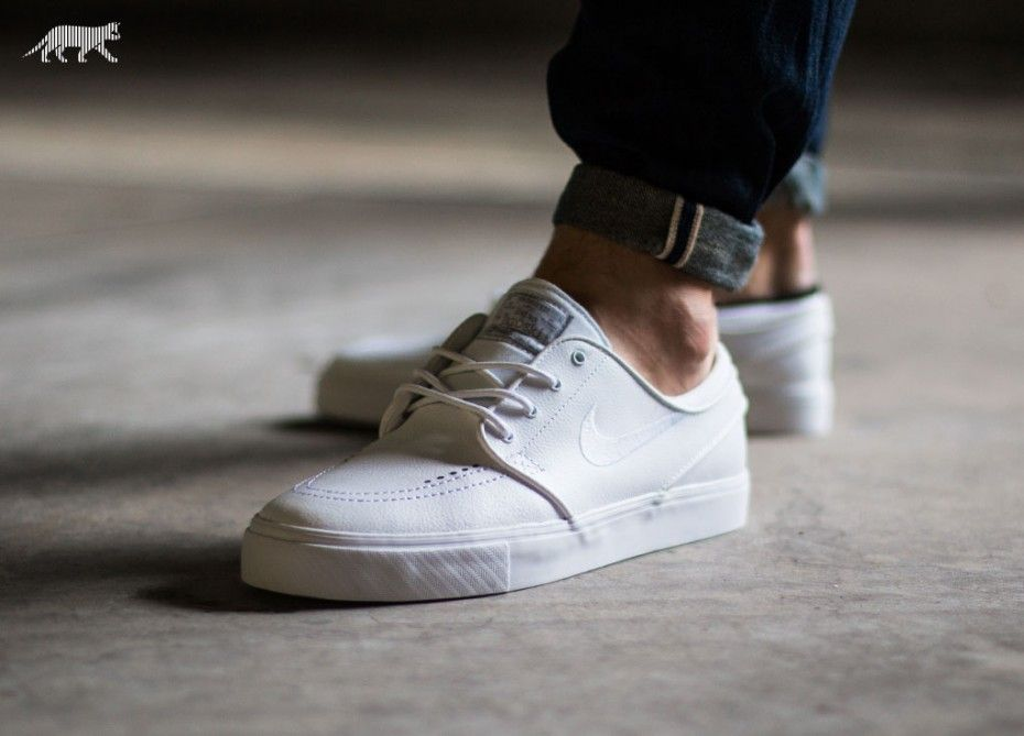 fb14ae06c485 Nike SB Zoom Stefan Janoski L (White   White - Wolf Grey)