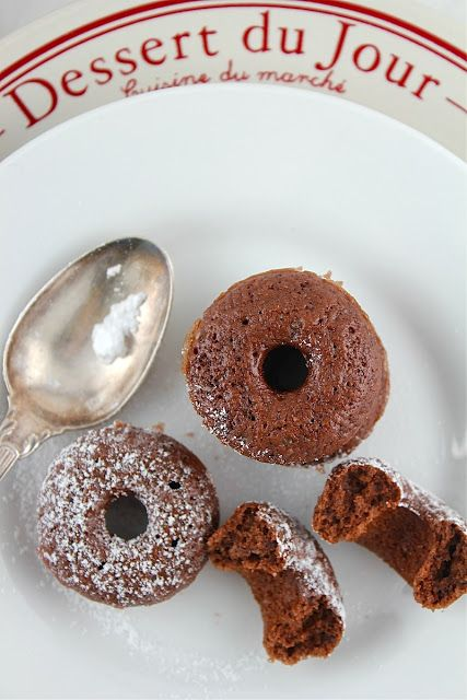 Mini Baked Chocolate Cinnamon Donut Bites - Lifesafeast @Jamie Wise Wise Schler