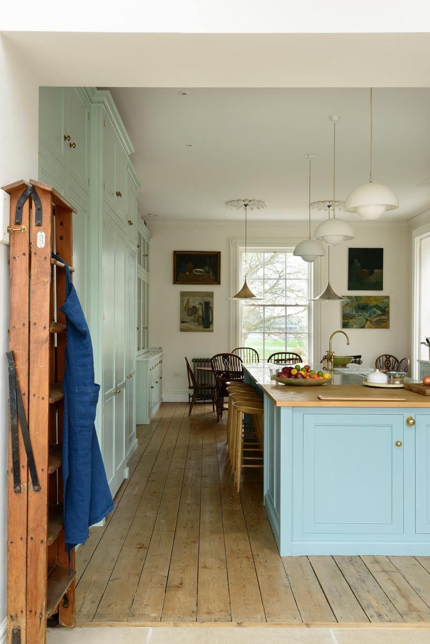 York-Classic-Townhouse-Kitchen. Devol Kitchens | Kitchen Reno Wants ...