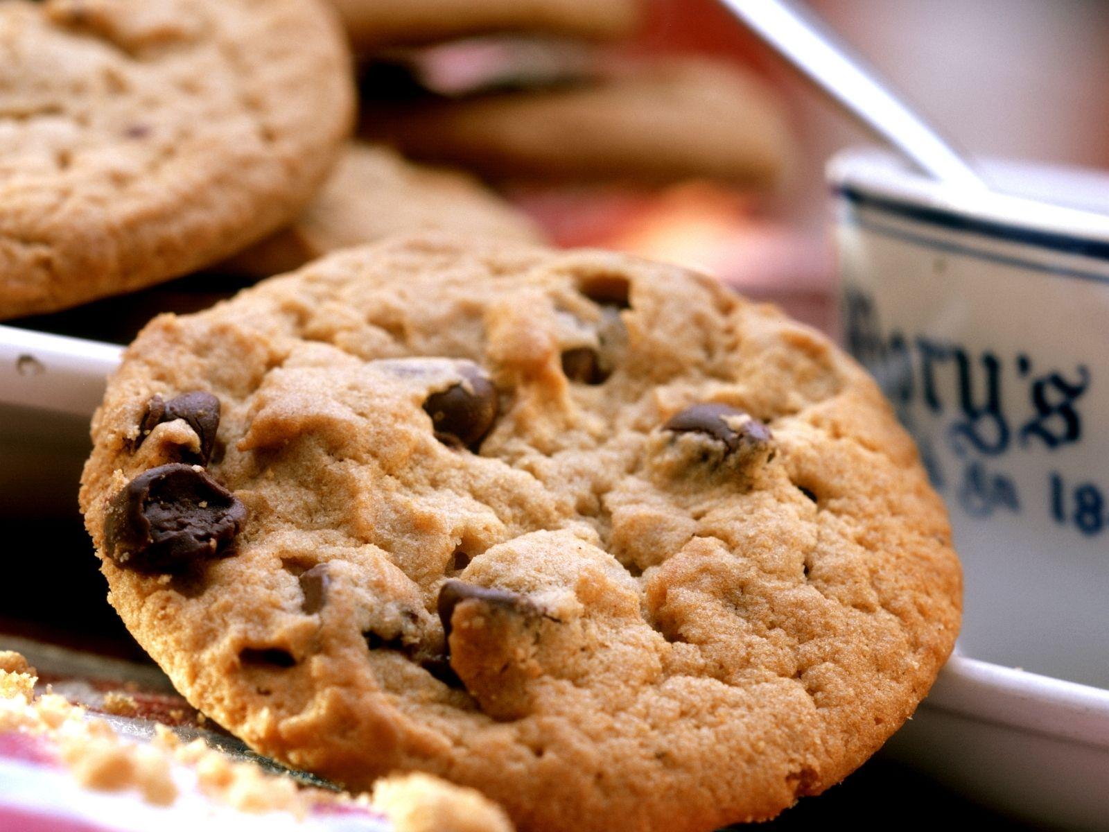 cookie mit schokotropfen rezept pl tzchen rezepte pinterest. Black Bedroom Furniture Sets. Home Design Ideas