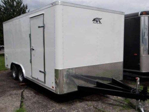 Enclosed Polar White 8 5 X 16 Atc Aluminum Trailer Company Landscape Trailer Rear Ramp Door A Side Do Aluminum Trailer Landscape Trailers Custom Trailers