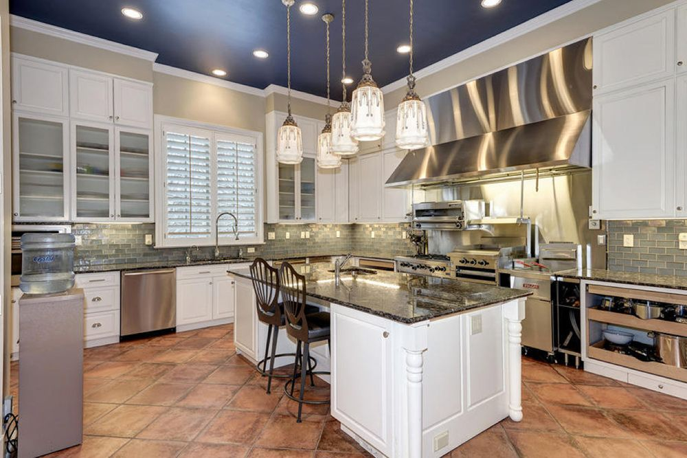 Found On Trulia Your Own Personal White House Trulia S Blog Real Estate 101 Kitchen Style Home Luxury Homes