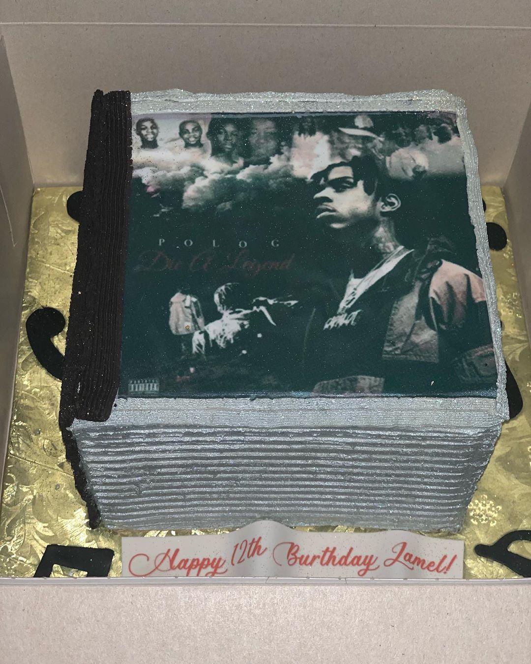 Stack of CDs Cake!💽🎶🎵