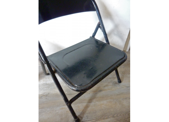 Chaise Enfant En Metal Noir Pliante Annees 70 Chaise Enfant Metal Noir Et Chaise