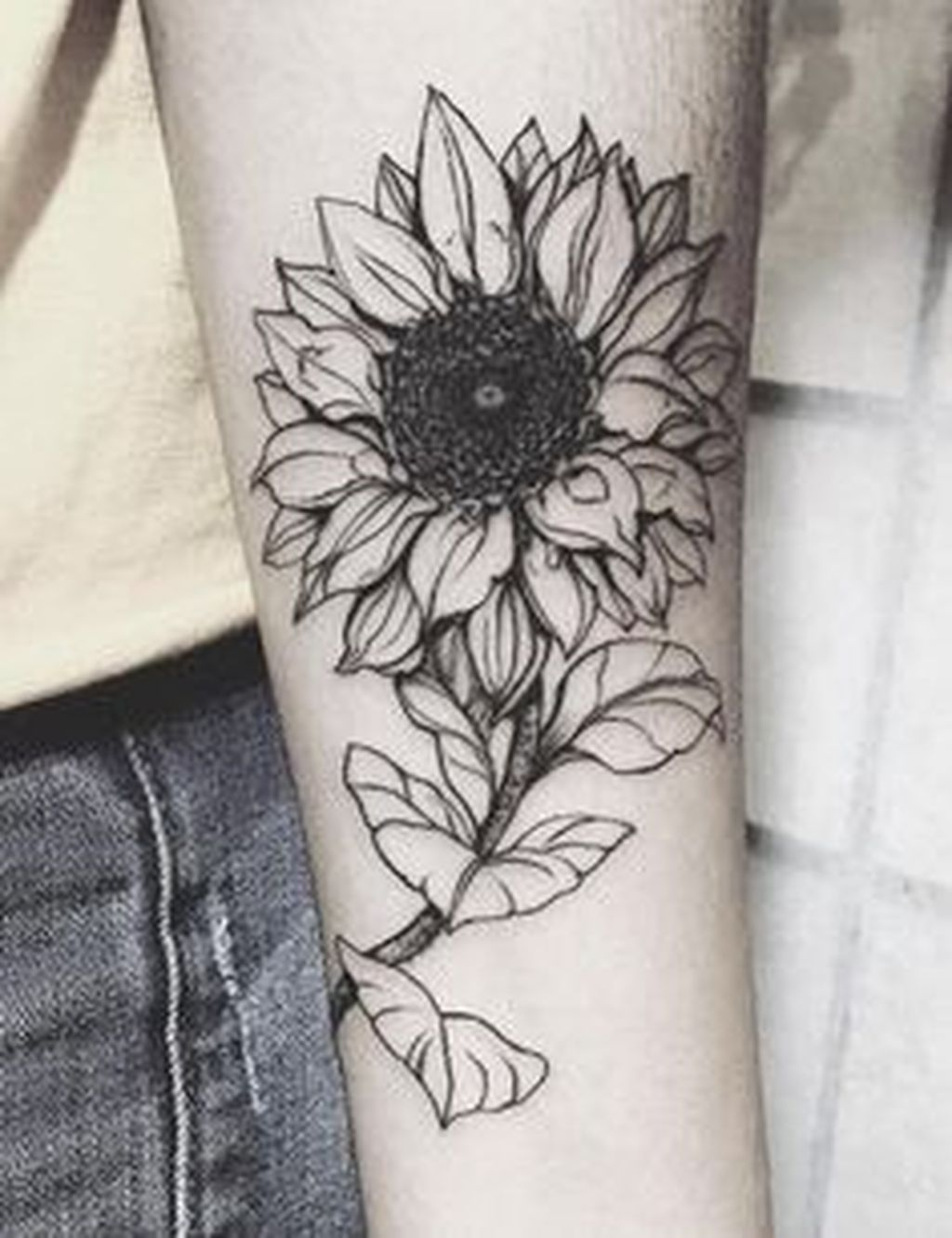 awesome 59 cool black and white sunflower tattoo ideas you with to rh pinterest co uk realistic sunflower tattoo black and white black and white sunflower tattoo small
