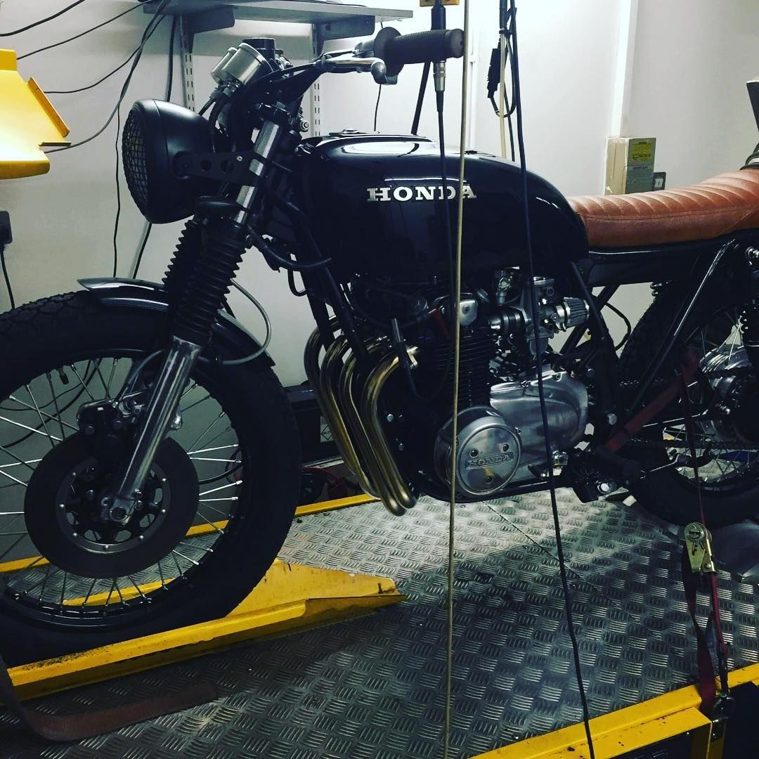 Dynotuning Cb550 Caferacer Hondacb250 Honda Bike Custombike Custombuild Motorcycle Custommotorbike Bobber Hond Custom Motors Honda Cb250 Cafe Racer