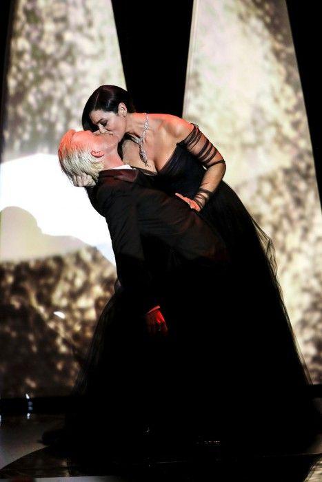 Cannes: El beso de Bellucci, modelos en la alfombra roja y actores famosos de la Croisette | LIFO