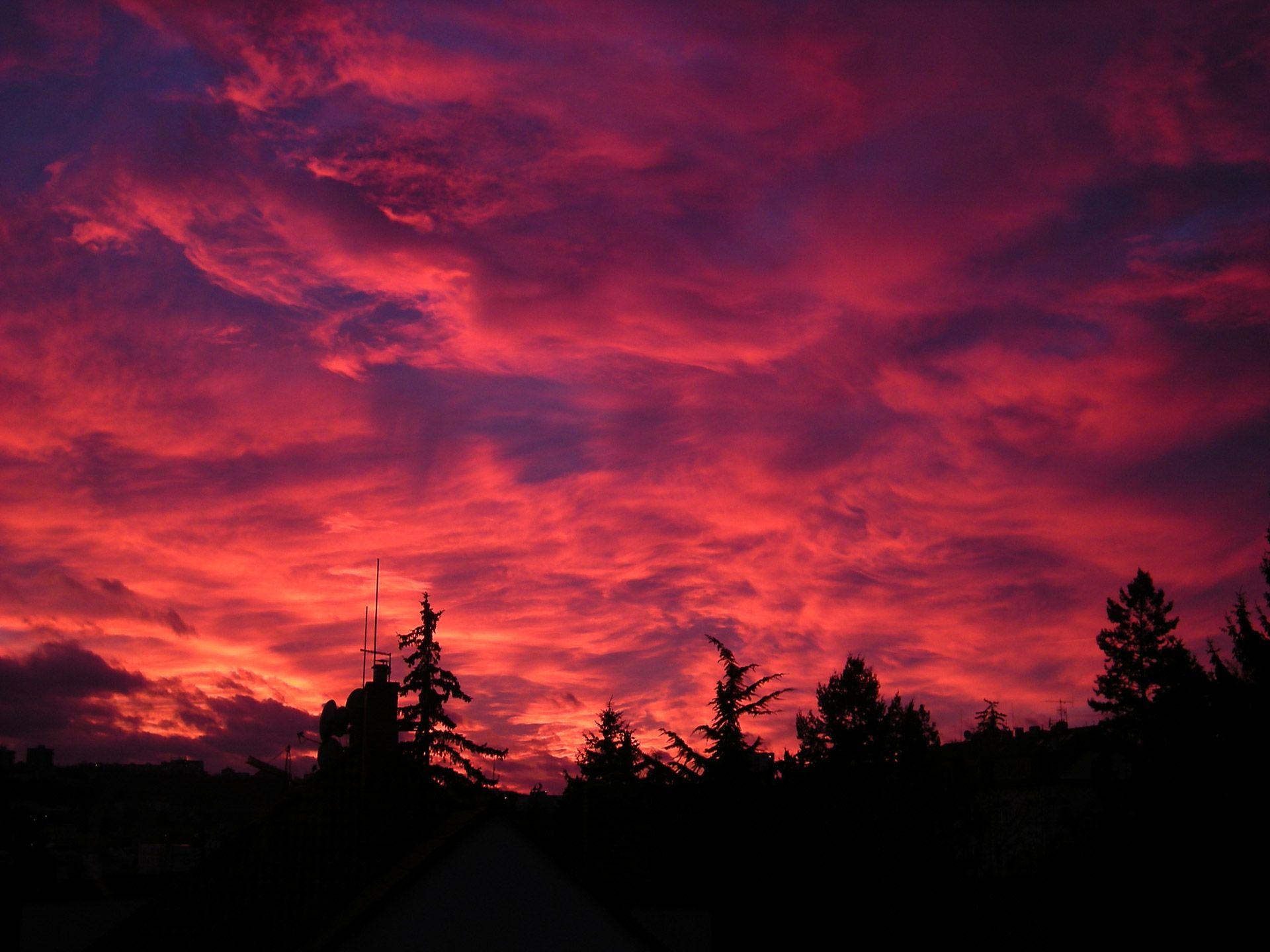sunset-in-prague-1326587473dl4.jpg (1920×1440)