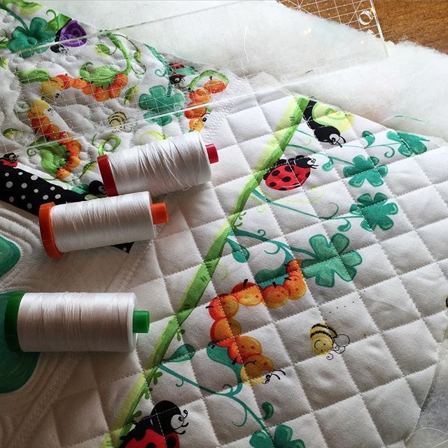 Yep I Am Seriously Loving The Triple Top Stitch With 12wt Aurifil And The Simple Yet Beautiful Cross Hatching With Quilt Big Freemotion Quilting Crib Quilt