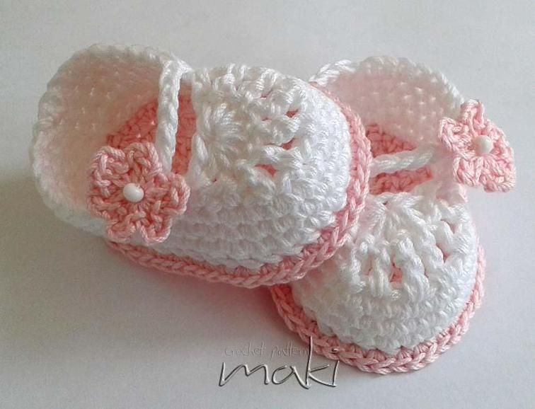 Crochet pattern Mini booties | Manualidades utiles, Zapatos de niños ...