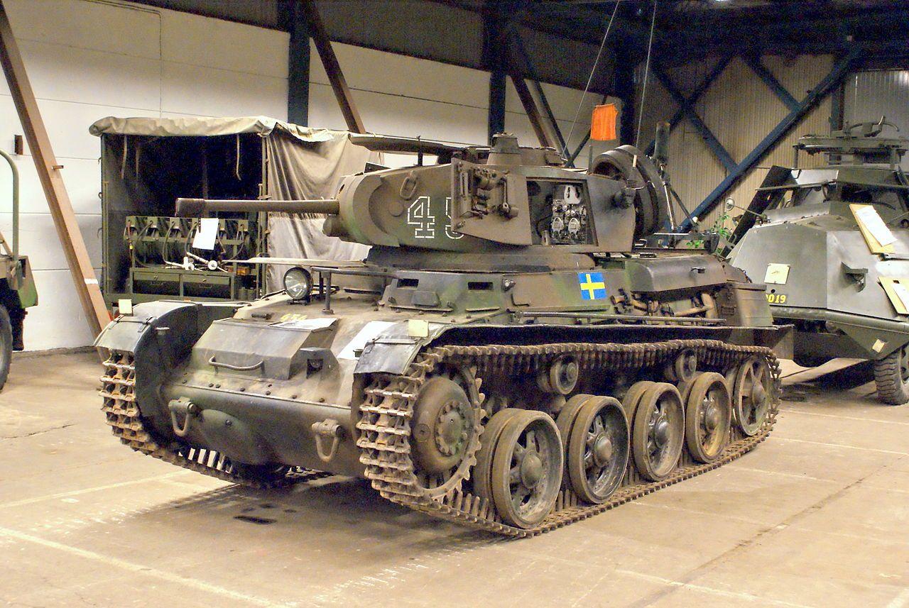 Stridsvagn m40K Hässleholm 31.07.09.JPG