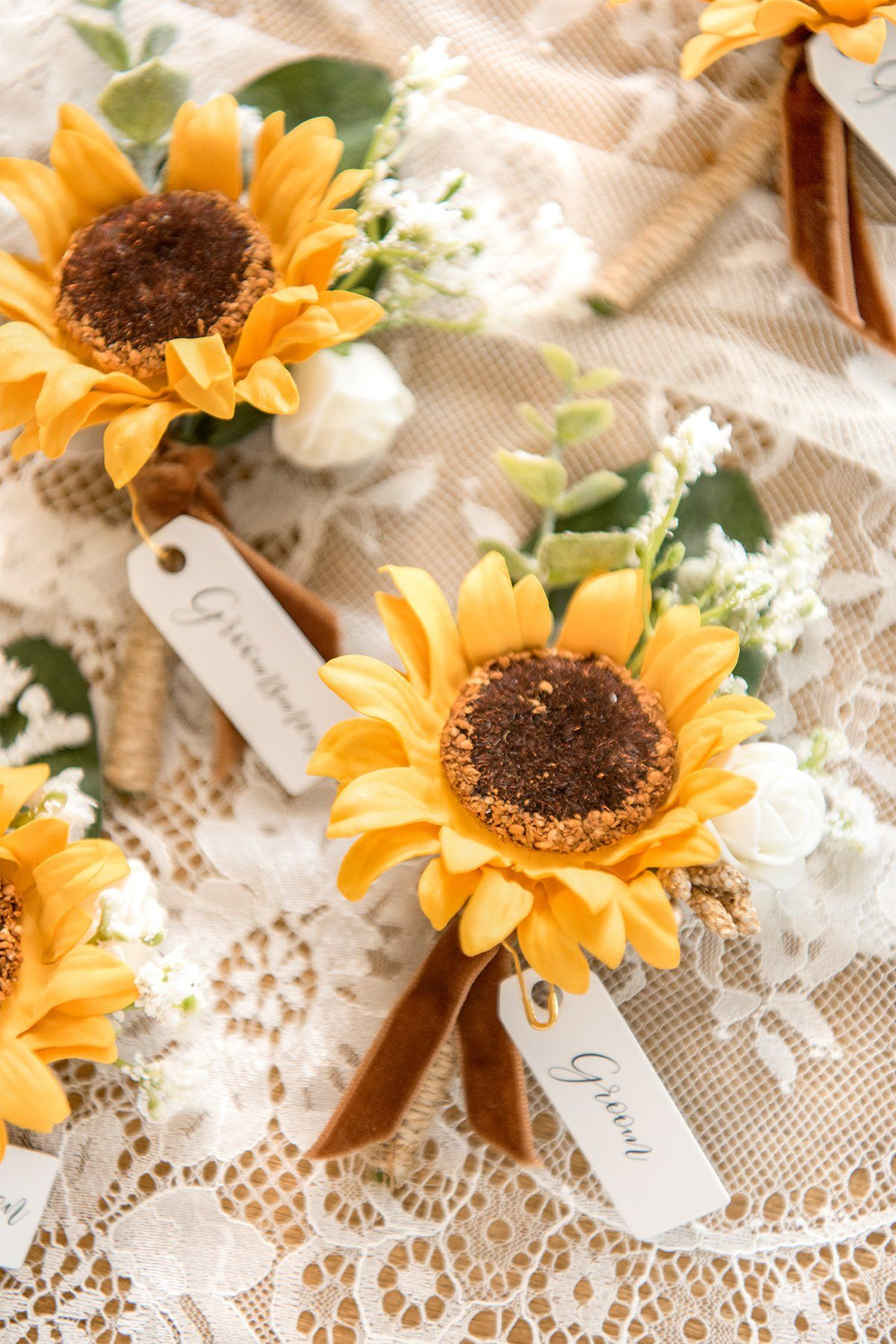 Sunflower Wedding Boutonnieres Man Suit Decoration (Set of 6)