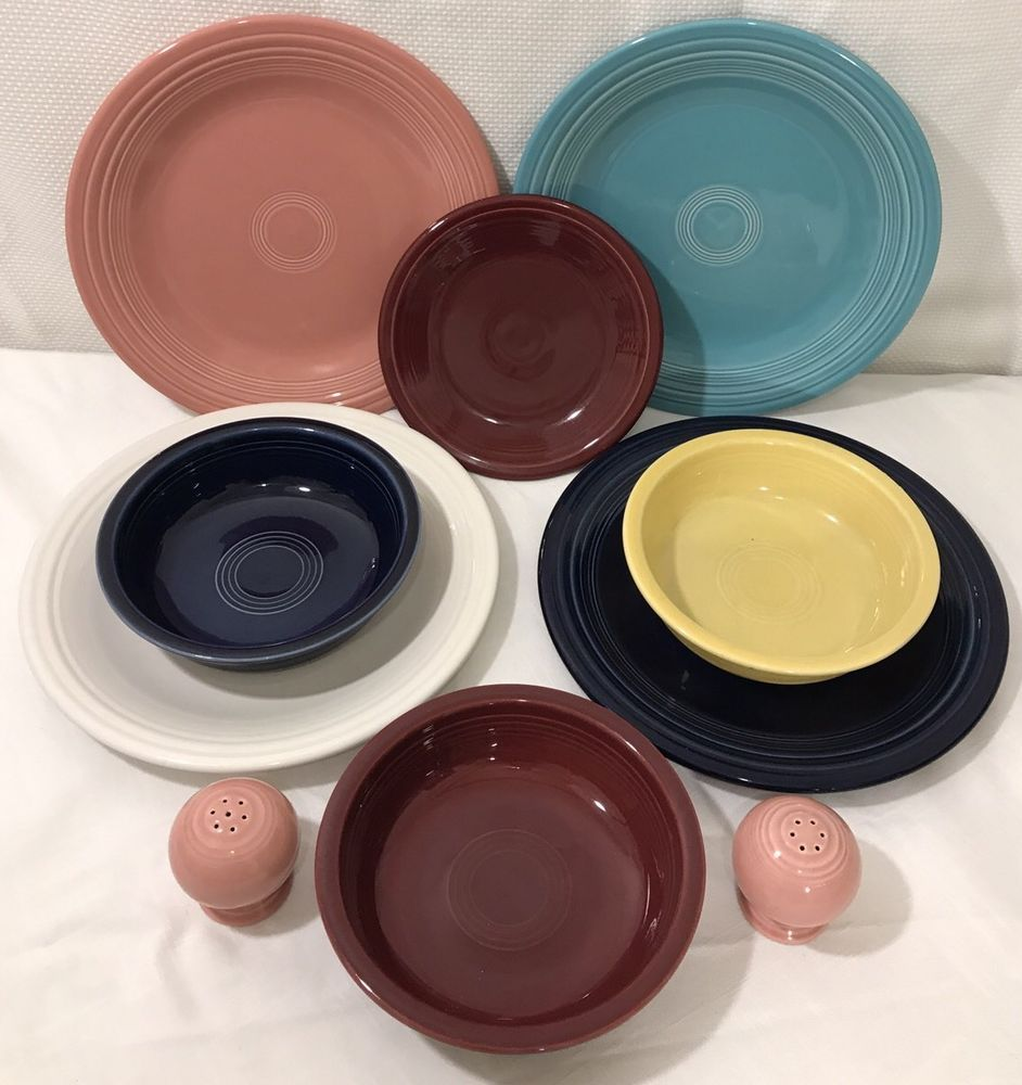 Lot of 10 Fiestaware HLC Mixed Combo Dinner Plates Bowls Salt u0026 Pepper Shaker & Lot of 10 Fiestaware HLC Mixed Combo Dinner Plates Bowls Salt ...